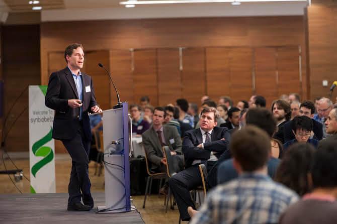 SynBioBeta London 2014 keynote speaker Timothy Gardner speaks about engineering biology. Image source: SynBioBeta/ Photo byHannah Lucy Jones.