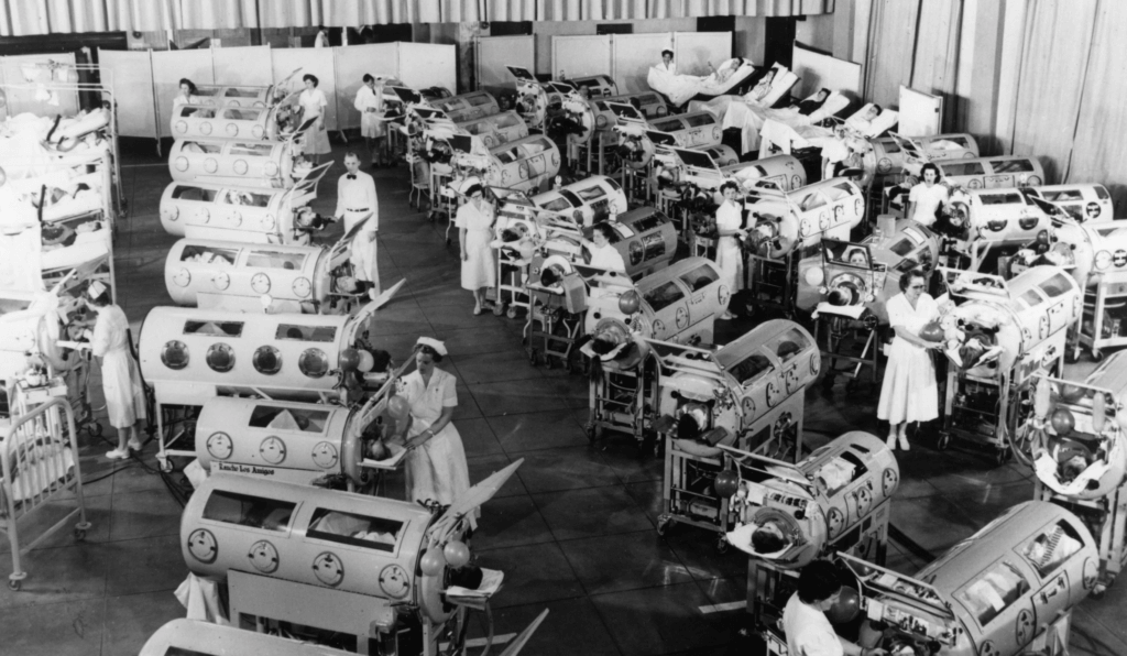 Caring for polio patients, 1952. Courtesy March of Dimes