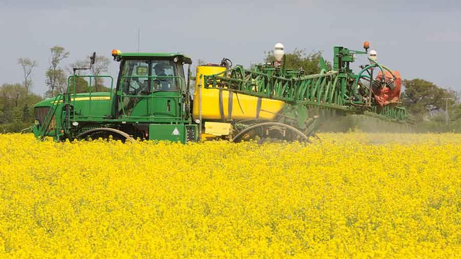 Spraying an OSR field c Tim Scrivener
