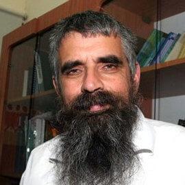 Rabbi Yuval Cherlow e