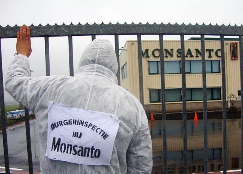 px Burgerinspectie bij Monsanto Enkhuizen b