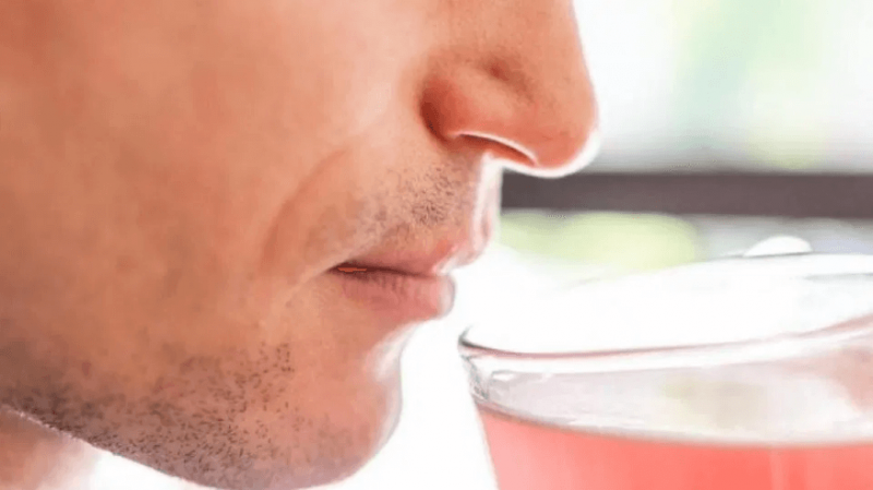 screenshot losing your sense of smell or taste could mean you have coronavirus even if you have no other symptoms